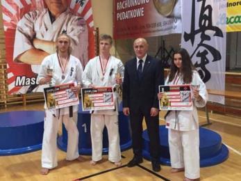 Trzy razy podium sosnowieckich karateków