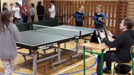 SP 13 najlepsza w mistrzostwach Sosnowca Szkół Podstawowych w tenisie stołowym dziewcząt
