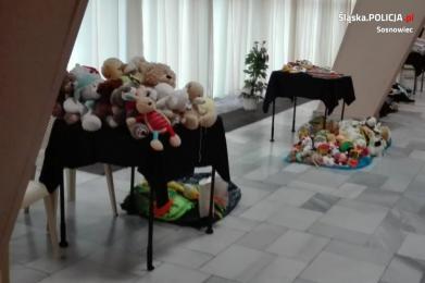 Dzielnicowe wsparły potrzebujących podczas Wigilii sosnowieckiego Caritas