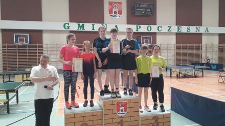 Dziewczęta z SP nr 13 pierwsze w Półfinale Wojewódzkim Igrzysk Dzieci w tenisie stołowym