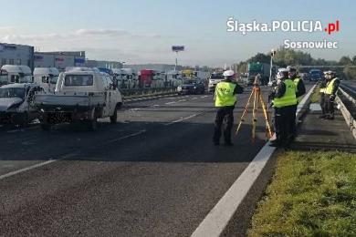 Sosnowiec: Karambol kompletnie sparaliżował S1! [ZDJĘCIA] 4 ranne osoby w szpitalu