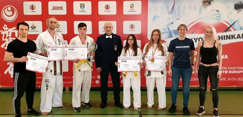 Kolejne medale dla sosnowieckich karateków