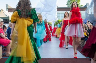 Pokaz mody w sosnowickim CKZiU