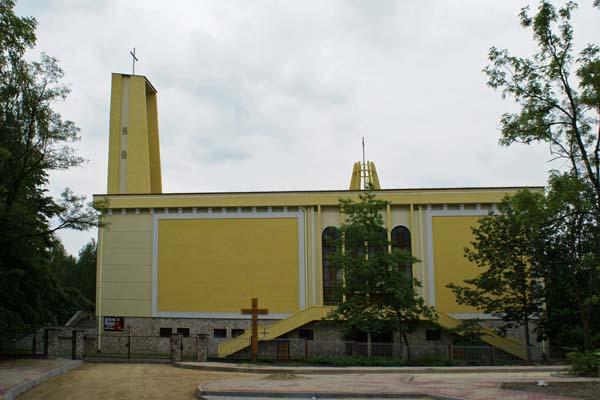 Parafia Juliusz - Kościół pw. Najświętszej Maryi Panny Wspomożycielki Wiernych