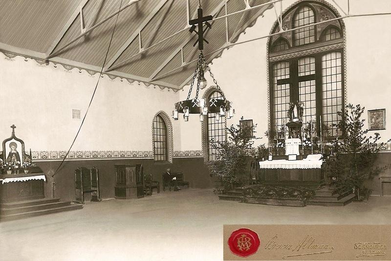 Parafia Porąbka - Kościół pw. Najświętszej Maryi Panny Częstochowskiej